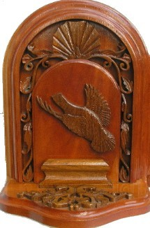 Carved Quail Bookend Detail